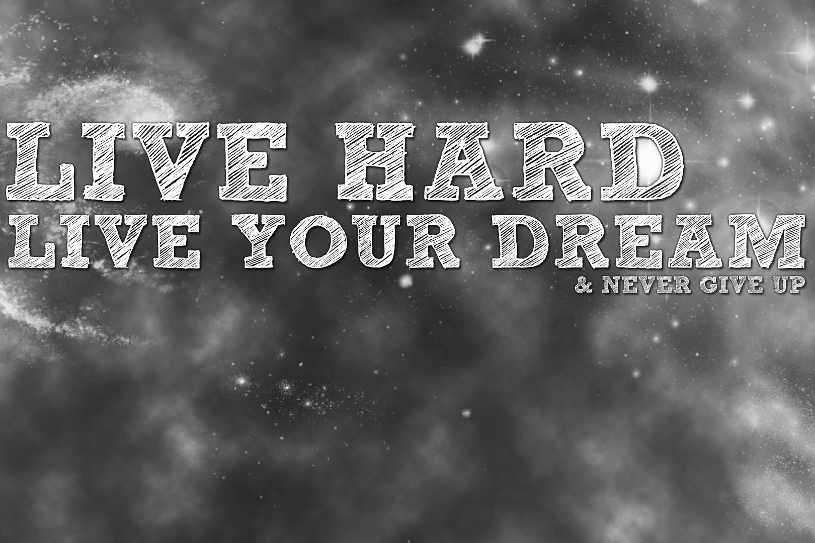 Live Hard Citatplakat