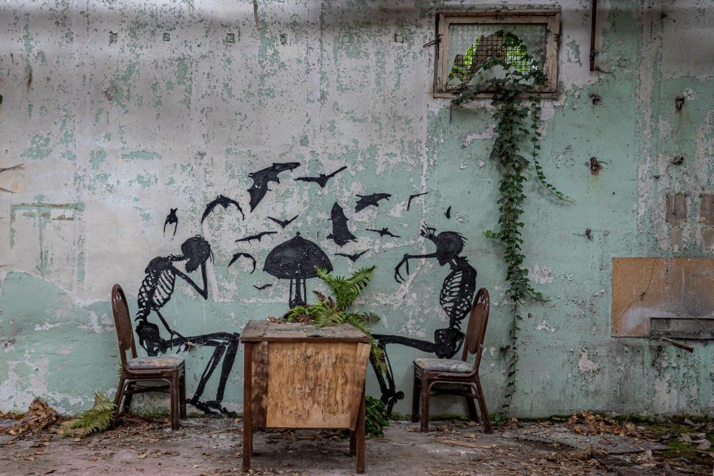 ART 1 - WooW Plakater Forladte steder - urban explore